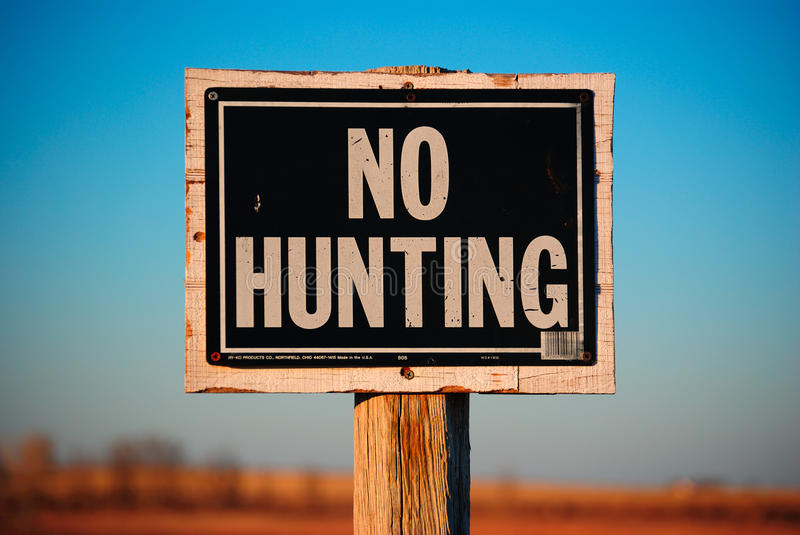 No Hunting Sign On Wooden Post Stock Photography Image