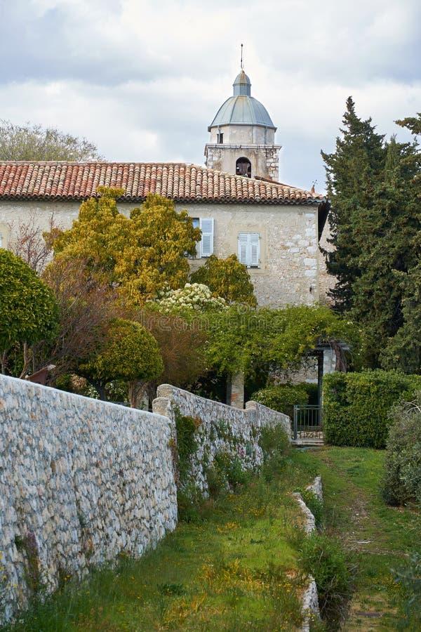 No jardim do mosteiro foto de stock royalty free