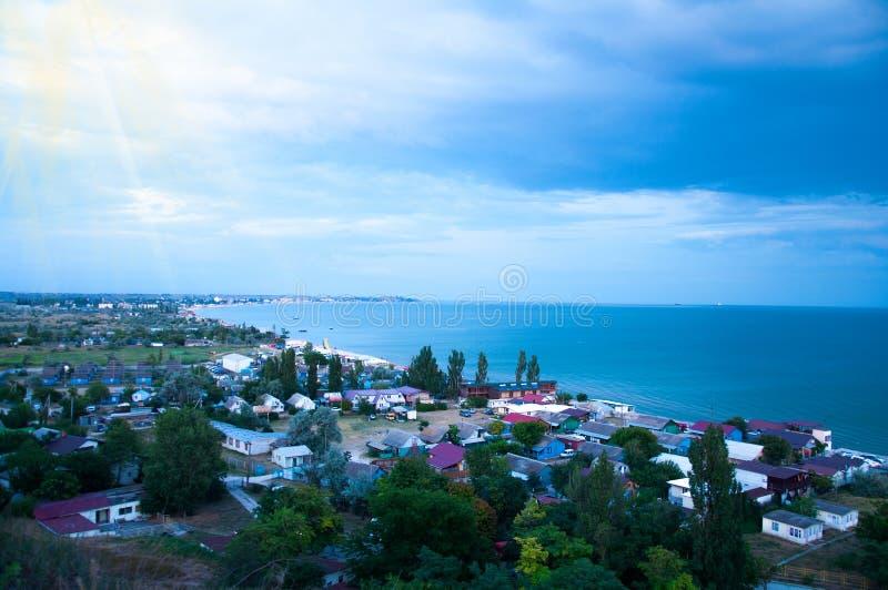 No litoral Paisagem Muitas casas pequenas pequenas imagens de stock royalty free