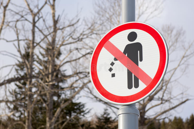 No littering sign. It is forbidden to throw garbage, we can not throw garbage, no debris royalty free stock image