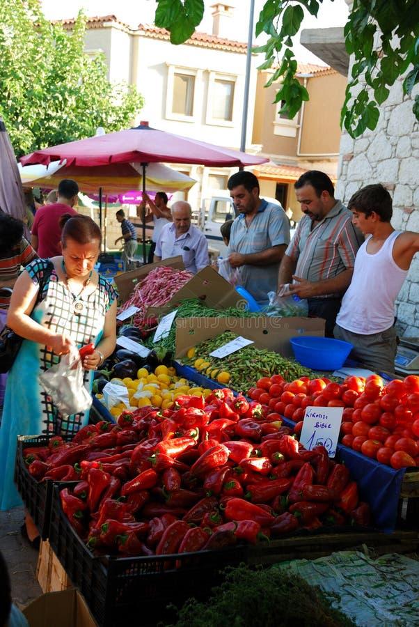 No mercado público de Alacati (Izmir, Turquia) fotos de stock royalty free