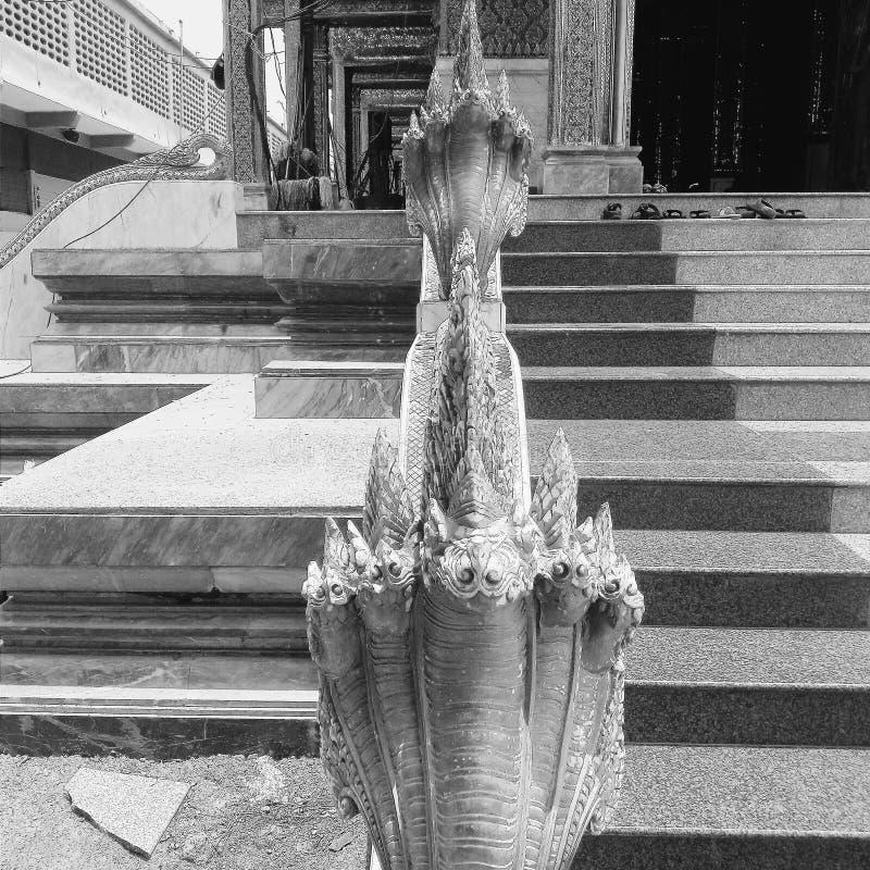 No templo imagens de stock