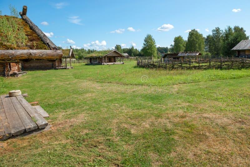 No território da vila do século X imagem de stock