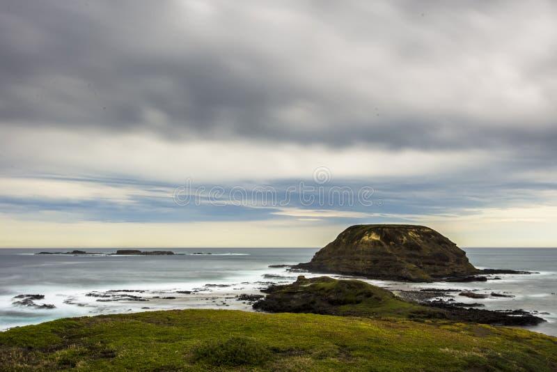 Nobbies & foki skała od ten wspaniały przylądkowego, widoki rozciągamy na zawsze i oferty spektakularny nabrzeżny viewing od boar fotografia stock