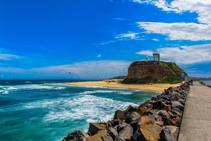 Nobby海滩在新堡NSW澳大利亚 免版税库存照片