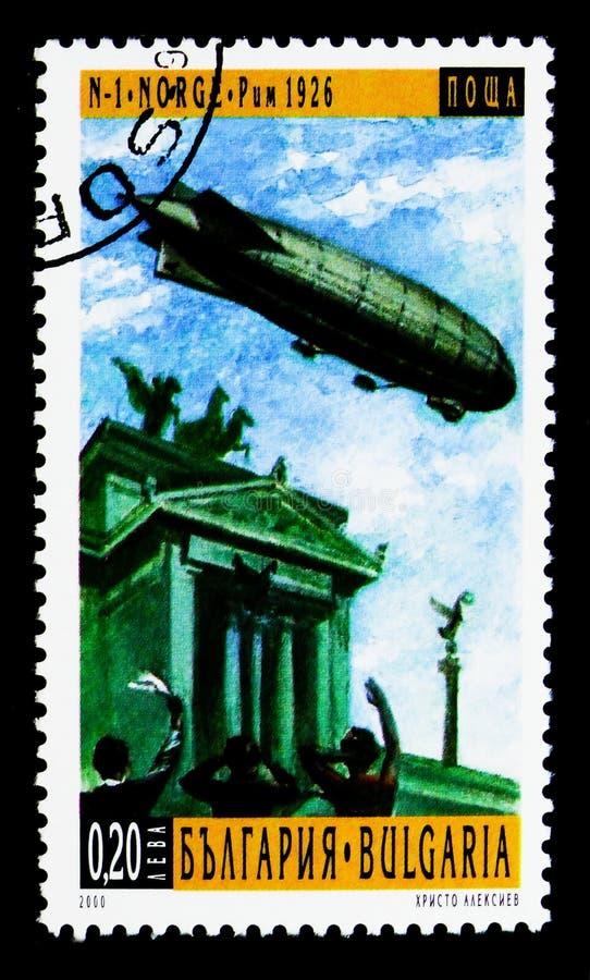 """Nobile N1 \ """"Norge \"""" over Rome (1926), 100 Jaar Luchtschepen serie, ci royalty-vrije stock foto's"""