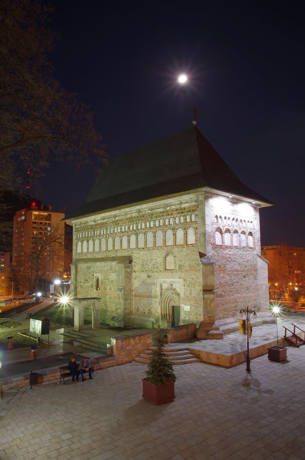 Noc średniowieczny kościół zdjęcia stock