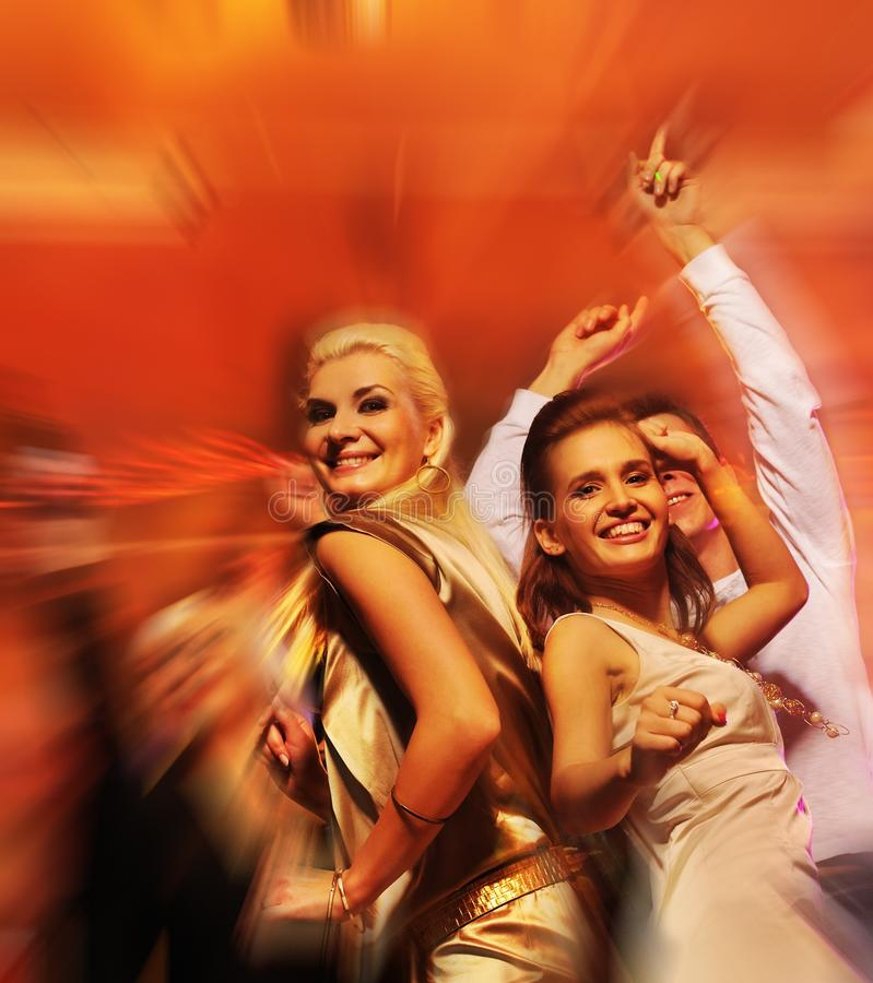 noc świetlicowi dancingowi ludzie obraz stock
