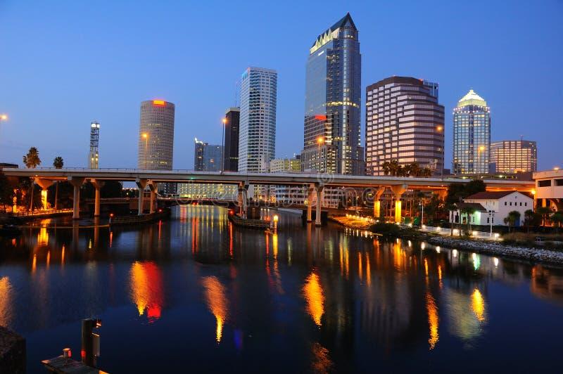 noc linia horyzontu Tampa zdjęcie stock