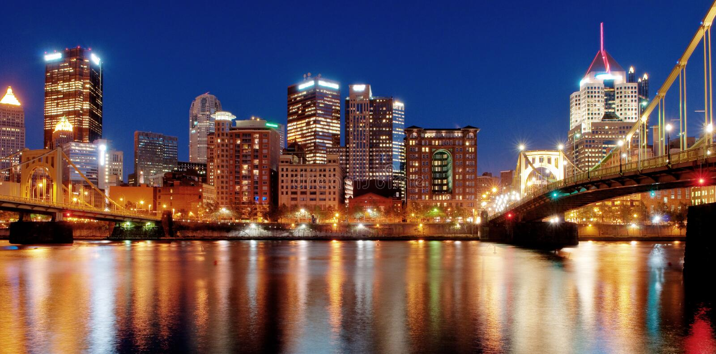 noc Pittsburgh linia horyzontu zdjęcia stock