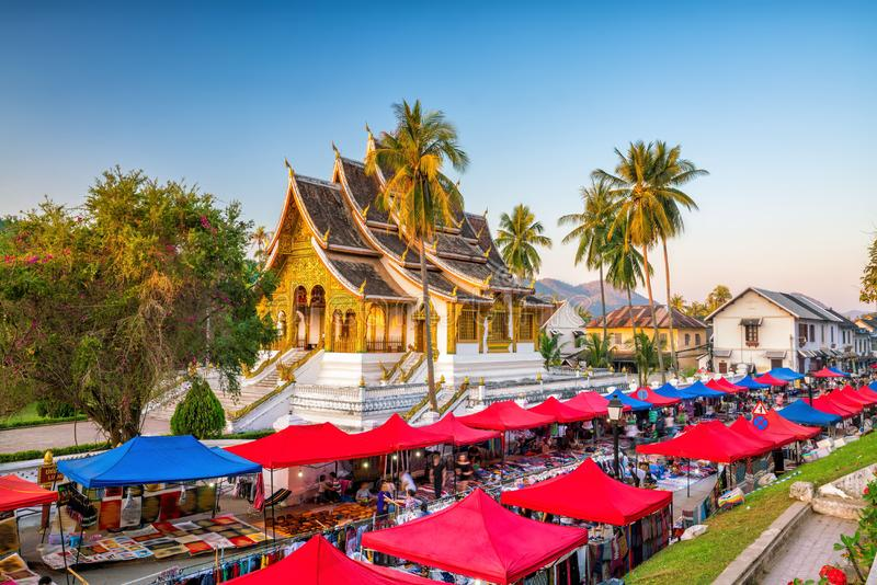 Noc rynek w Luang Prabang fotografia stock
