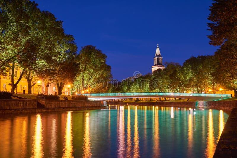 Noc widok aury rzeka w Turku, Finlandia fotografia stock