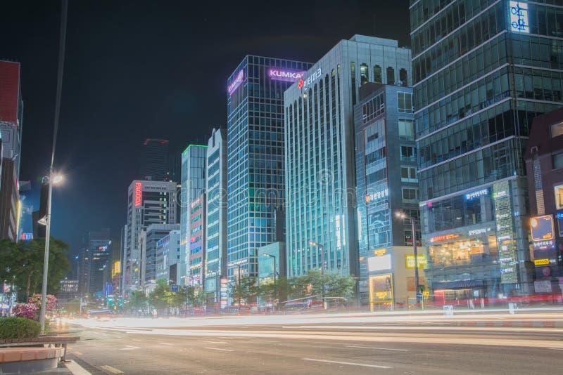 Noc widok Gangnam ulica w Seul, SouthKorea obrazy stock