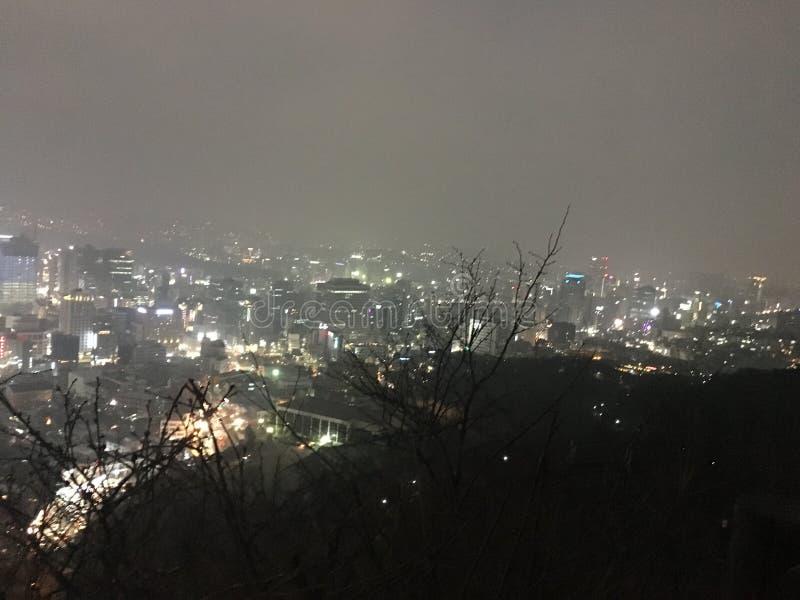 Noc widok na szczycie Nanshan góra, korea południowa zdjęcie stock