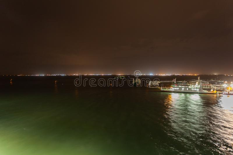 Noc widok port Wenecja fotografia royalty free