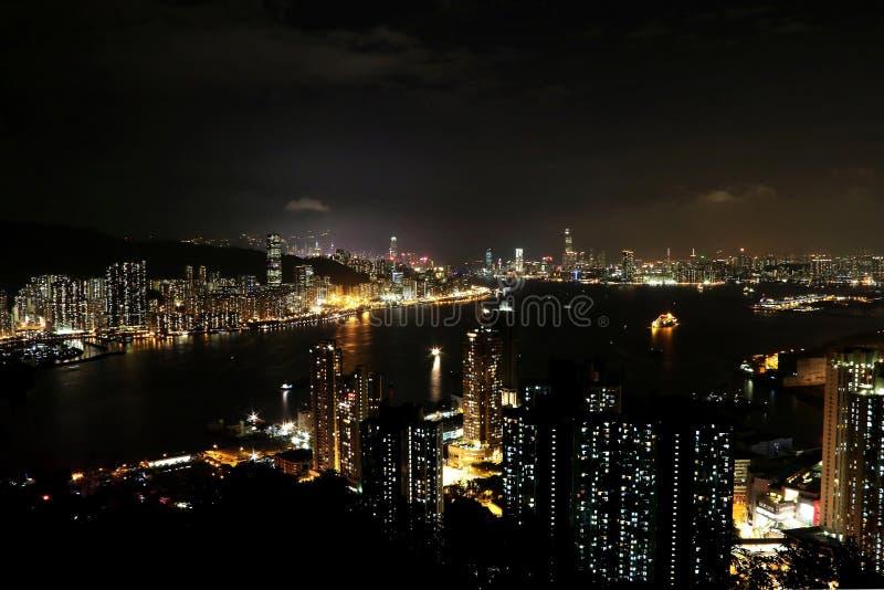 Noc widok przy Czarcim ` s szczytem, Hong Kong obraz stock