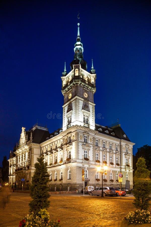 Noc widok renesansu urząd miasta w bielsku, Polska zdjęcie stock