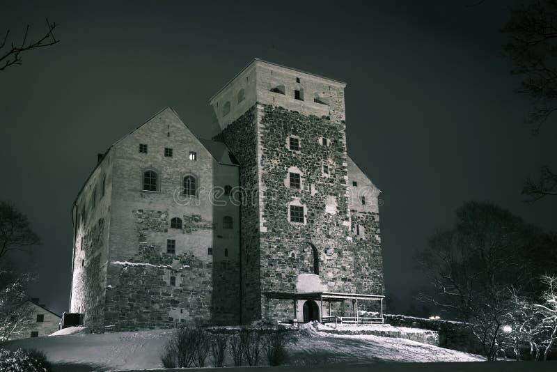 Noc widok Turku kasztel w zima sezonie fotografia royalty free