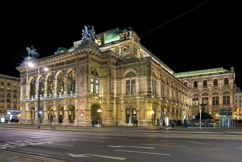 Noc widok Wiedeń stanu opera, Austria zdjęcia royalty free