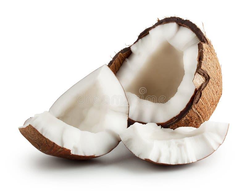 Noce di cocco matura cruda rotta immagine stock libera da diritti
