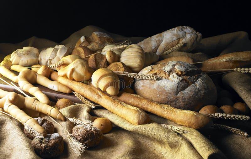 Noch Leben mit Brot lizenzfreie stockbilder