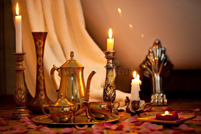 Noch Leben mit Kerzen stockfotos