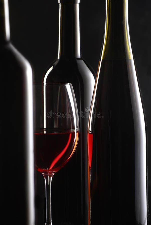 Noch Leben mit Rotwein lizenzfreie stockfotos