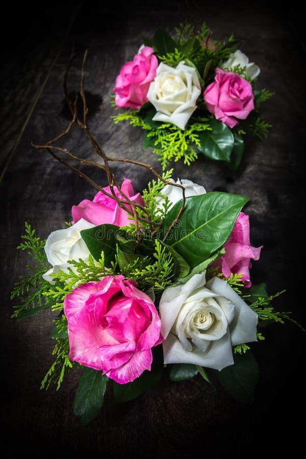 Noch Leben-Rosen stockbilder