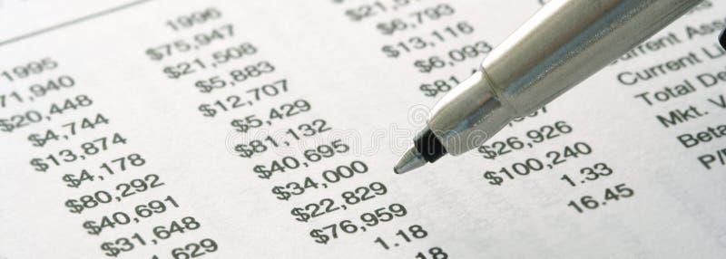 Noch-Lebensdauer der Finanzberichte stockbild