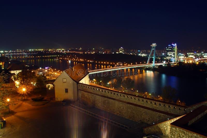 Noche Bratislava imágenes de archivo libres de regalías