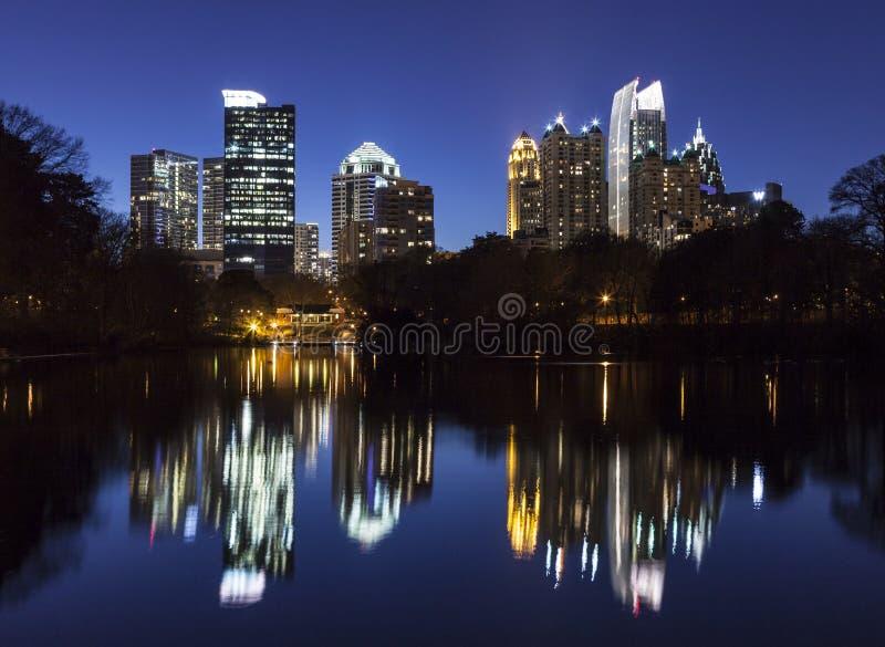Noche de Atlanta del Midtown fotografía de archivo libre de regalías