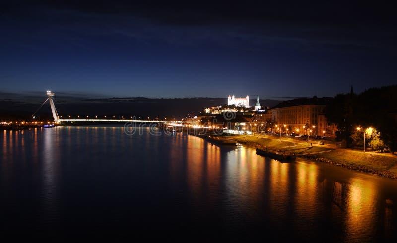 Noche 1 de Bratislava foto de archivo