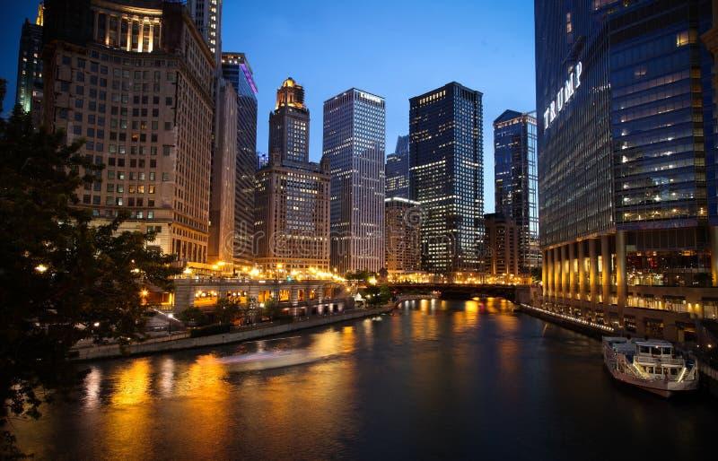Noche de Chicago foto de archivo libre de regalías