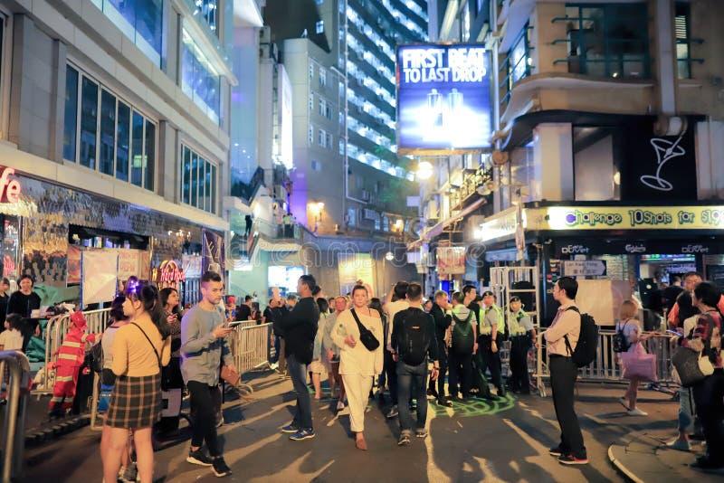 Noche de Halloween en Lan Kwai Fong HK fotografía de archivo