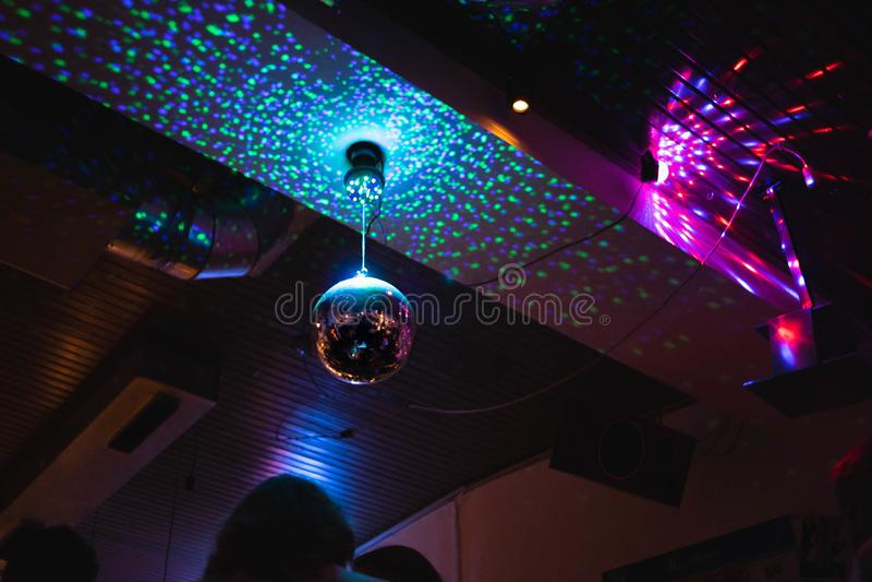 Noche de la barra del disco de las luces del partido foto de archivo libre de regalías