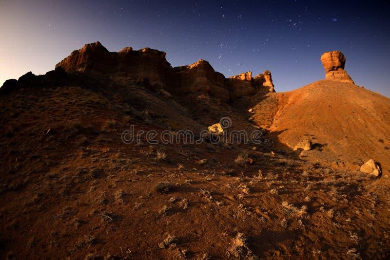 Noche de la Luna Llena en el barranco foto de archivo libre de regalías