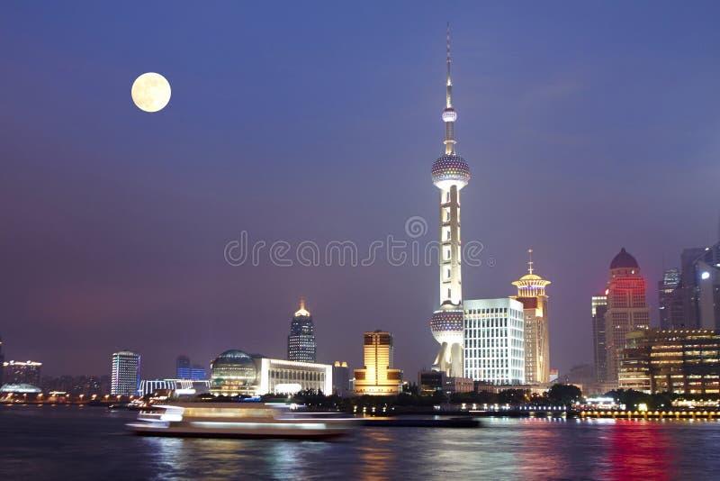 Noche de la Luna Llena de Shangai, China fotos de archivo