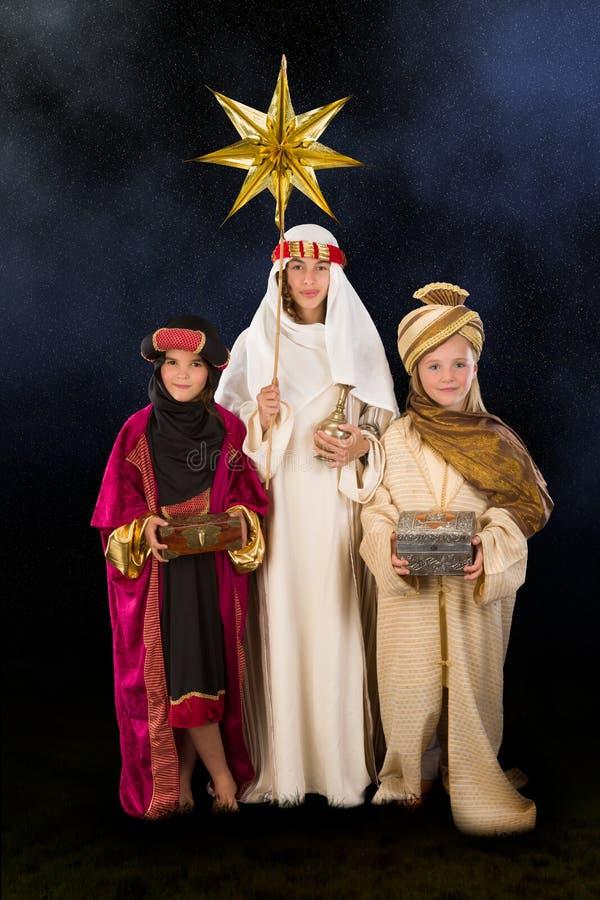 Noche de la Navidad estrellada con wisemen imágenes de archivo libres de regalías