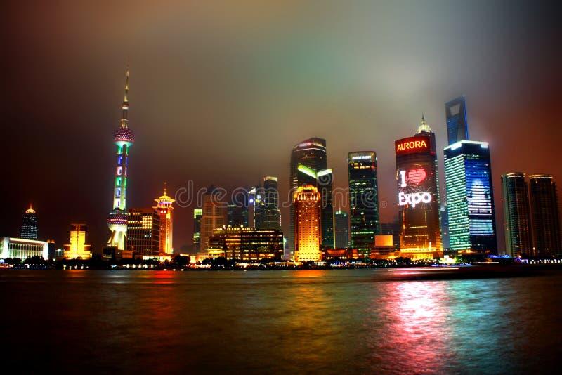 Noche de Shangai imagen de archivo libre de regalías