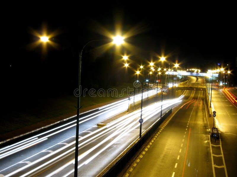 Noche del tráfico fotos de archivo