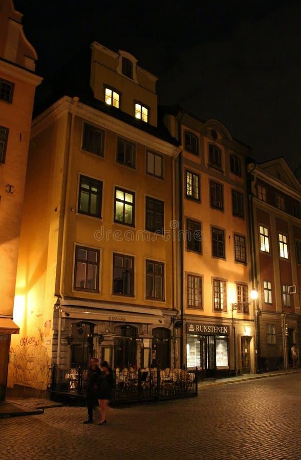 Noche en Stortorget en Estocolmo imagen de archivo libre de regalías