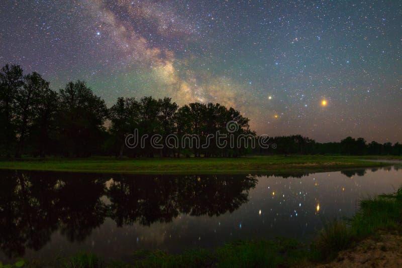 Noche estrellada fotografía de archivo libre de regalías