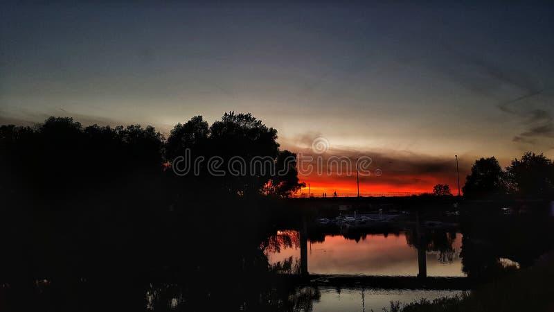 Noche silenciosa, noche anaranjada fotos de archivo libres de regalías