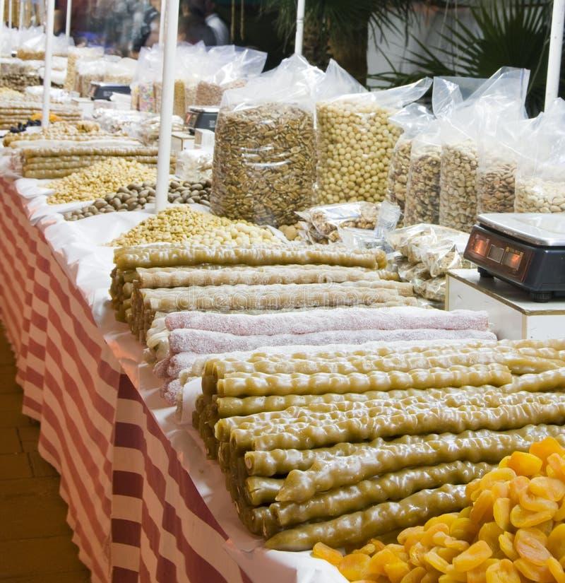 Noci della frutta e della caramella locali in Cipro immagini stock
