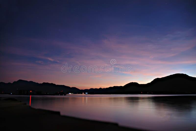 Nocken Ranh-Bucht - Binh Ba-Insel lizenzfreie stockbilder