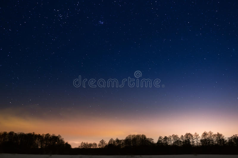 nocne niebo gwiazdy obraz royalty free