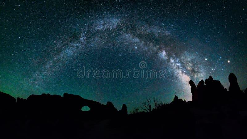 Nocne niebo, Milkyway galaktyka zdjęcie stock