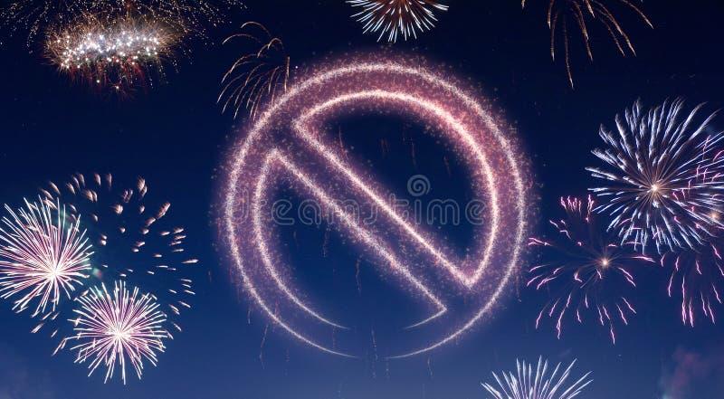 Nocne niebo z fajerwerkami kształtującymi jako niedozwolony symbol serifs ilustracja wektor