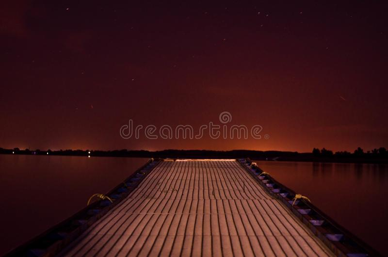 Nocny molo zdjęcie royalty free