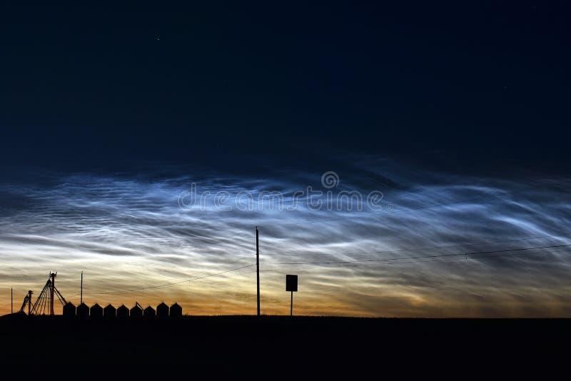 Noctilucent moln Formatiosn arkivfoton